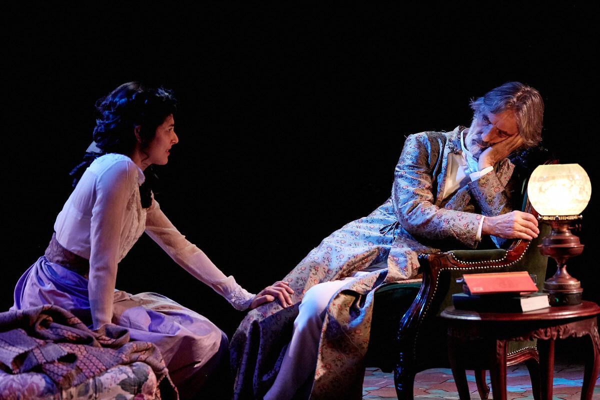 Uncle Vanya, Theatr Clwyd & Sheffield Theatres, Dir. Tamara Harvey, Des. Lucy Osborne, Lighting Ric Mountjoy, Photo The Other Richard